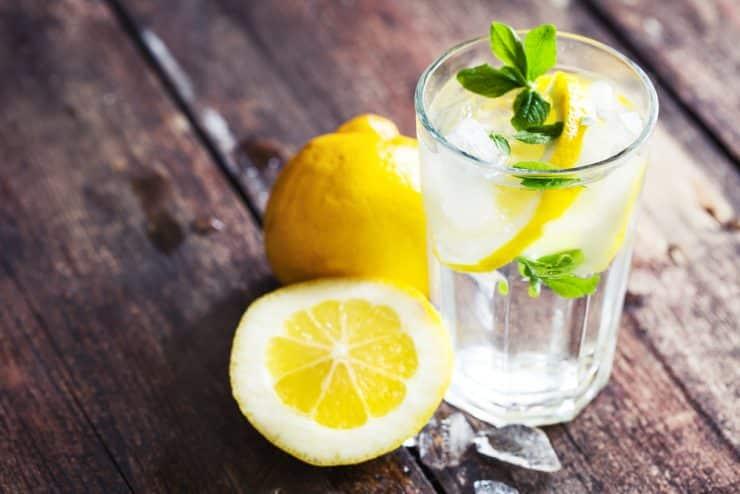 Lemon Water Health Benefits – Does It Break A Fast?