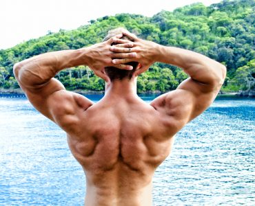 Big Lats Workout for a Superhero-Ripped Look