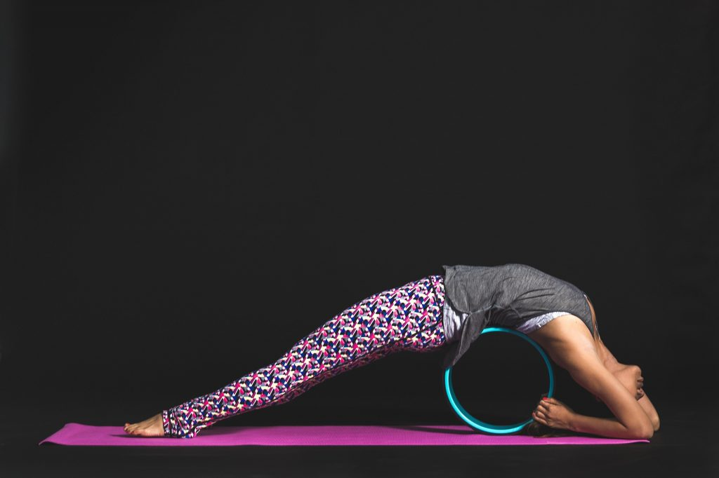 easy abdominal and oblique stretches