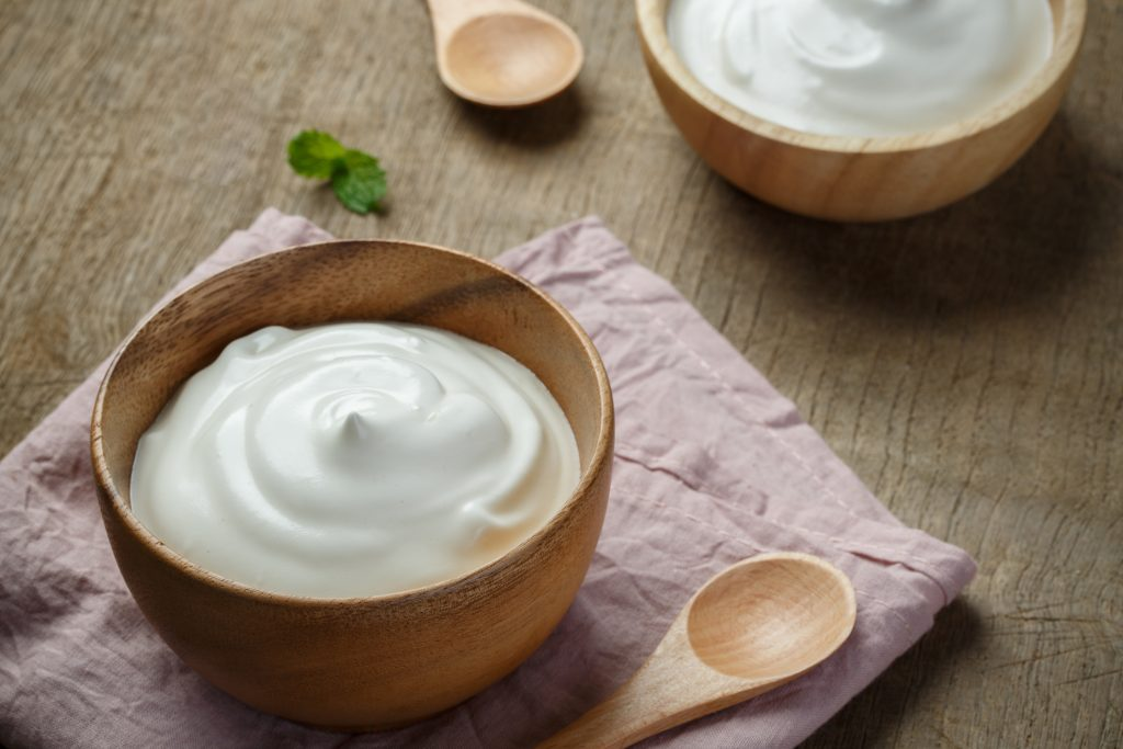 How to buy the best keto-friendly sour cream?