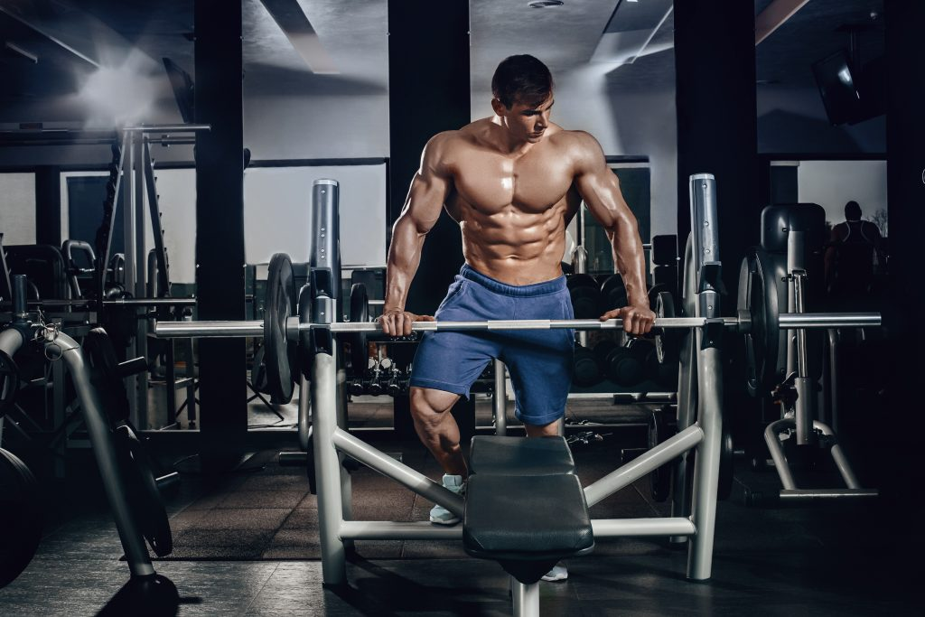 how to get big lats and traps