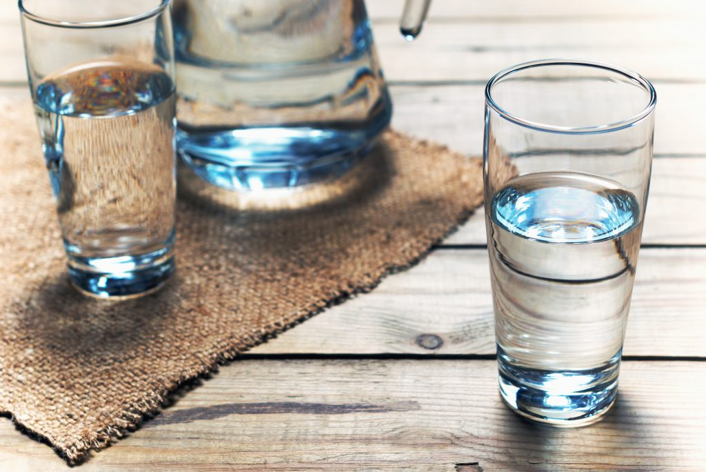 how much water should i drink while fasting