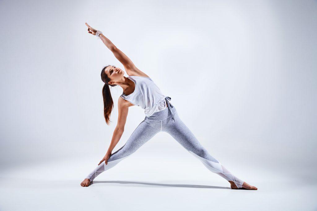 dynamic stretching vs yoga