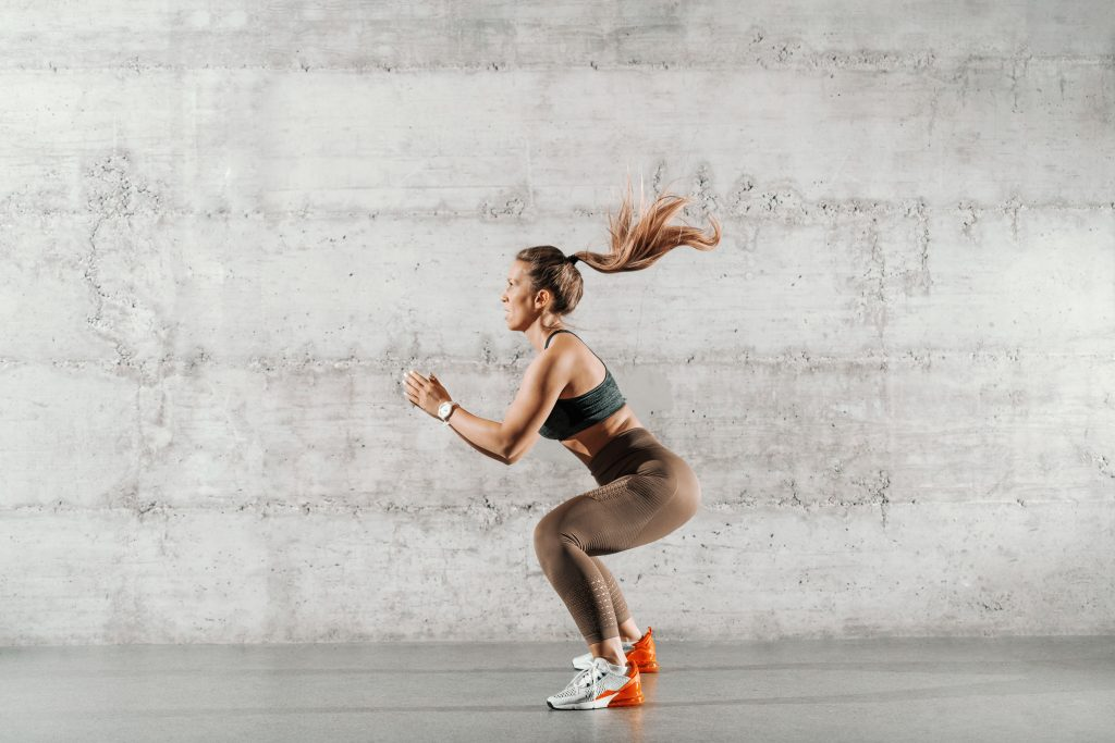 how many body weight squats a day