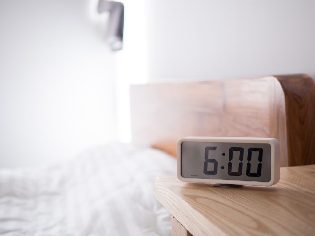 is 6 hours of sleep enough to build muscle