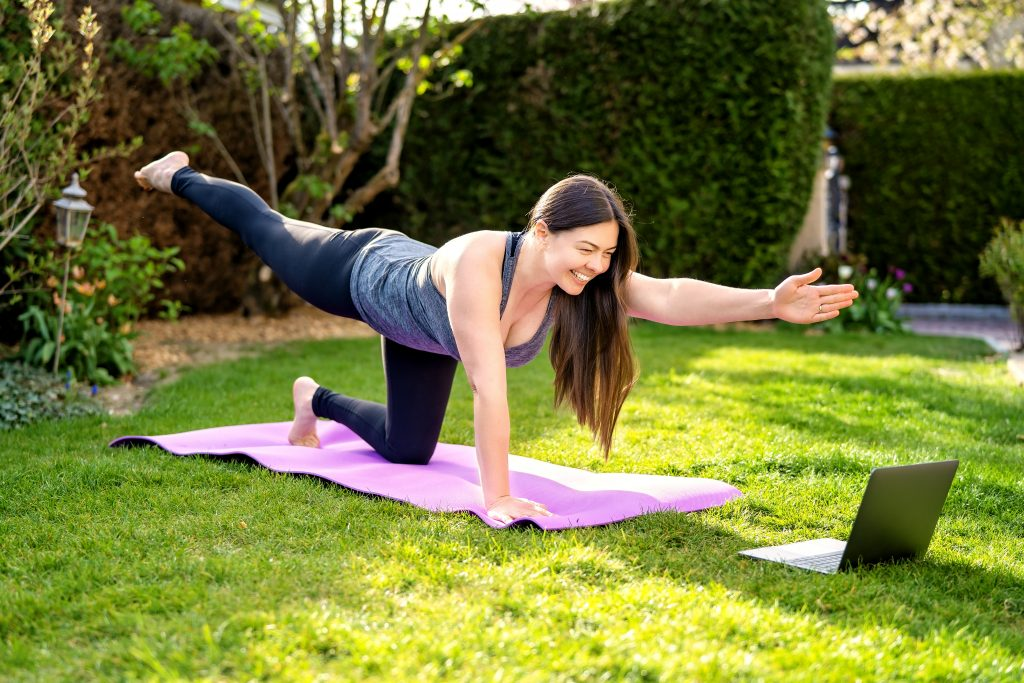 is yoga or pilates better for weight loss
