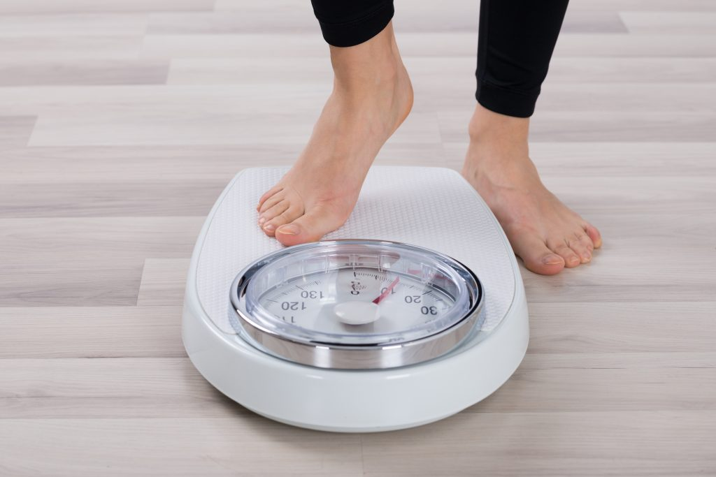 what is a good calorie deficit for weight loss