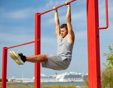 calisthenics vs weights bodybuilding