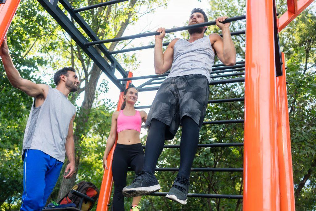 calisthenics vs weights for fat loss