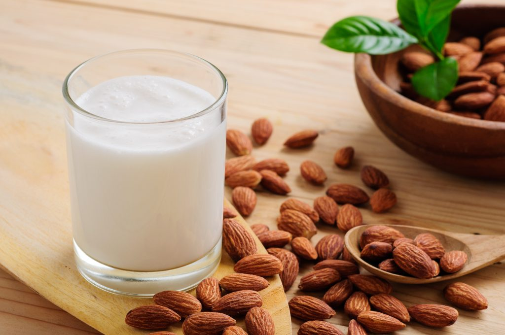 almond milk vs whole milk for weight loss