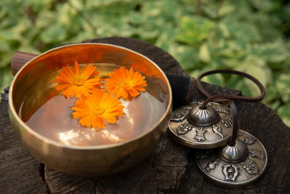 standing meditation benefits