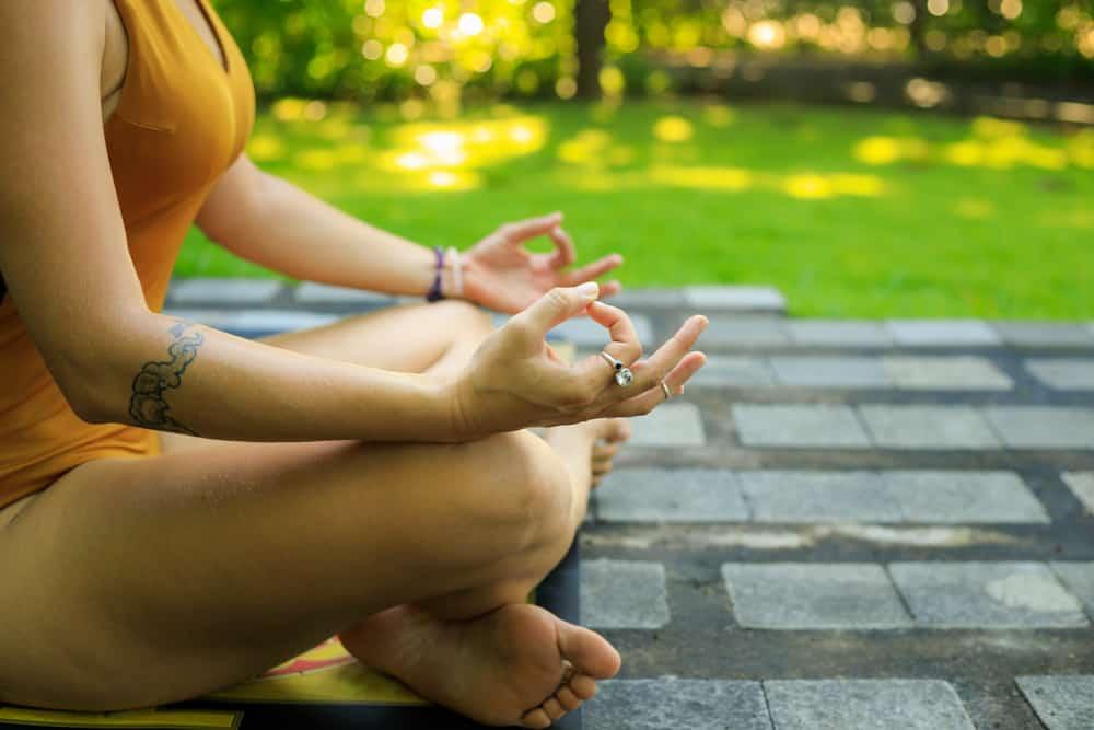 meditation hand positions chakra