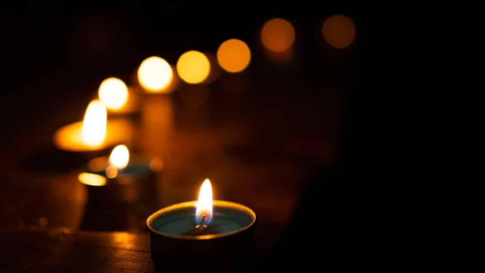 dark room meditation