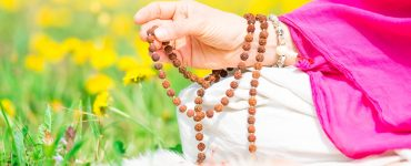 meditation guides for beginners using mantras