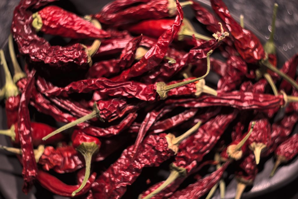 health benefits of eating hot peppers