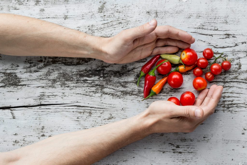 benefits of eating raw hot peppers