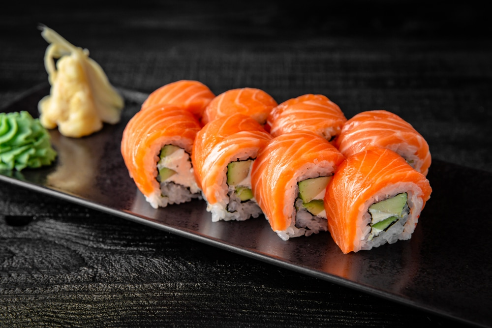 sushi roll calories