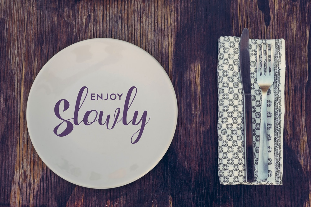 benefits of eating food slowly