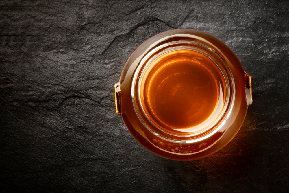 calories in maple syrup vs honey