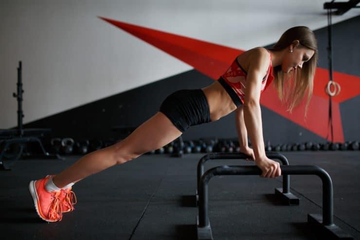 push ups vs bench press