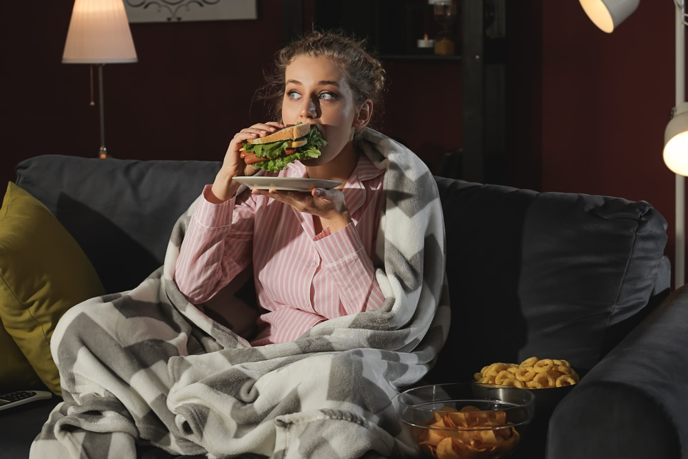 night eating syndrome symptoms
