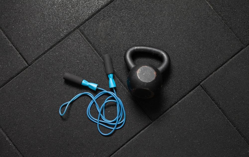leg workout with kettlebell