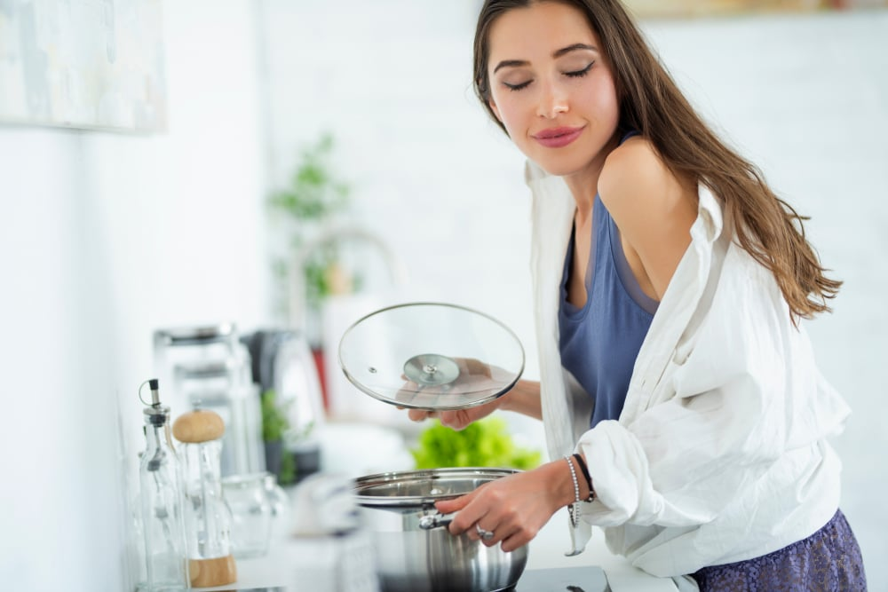 what causes food cravings