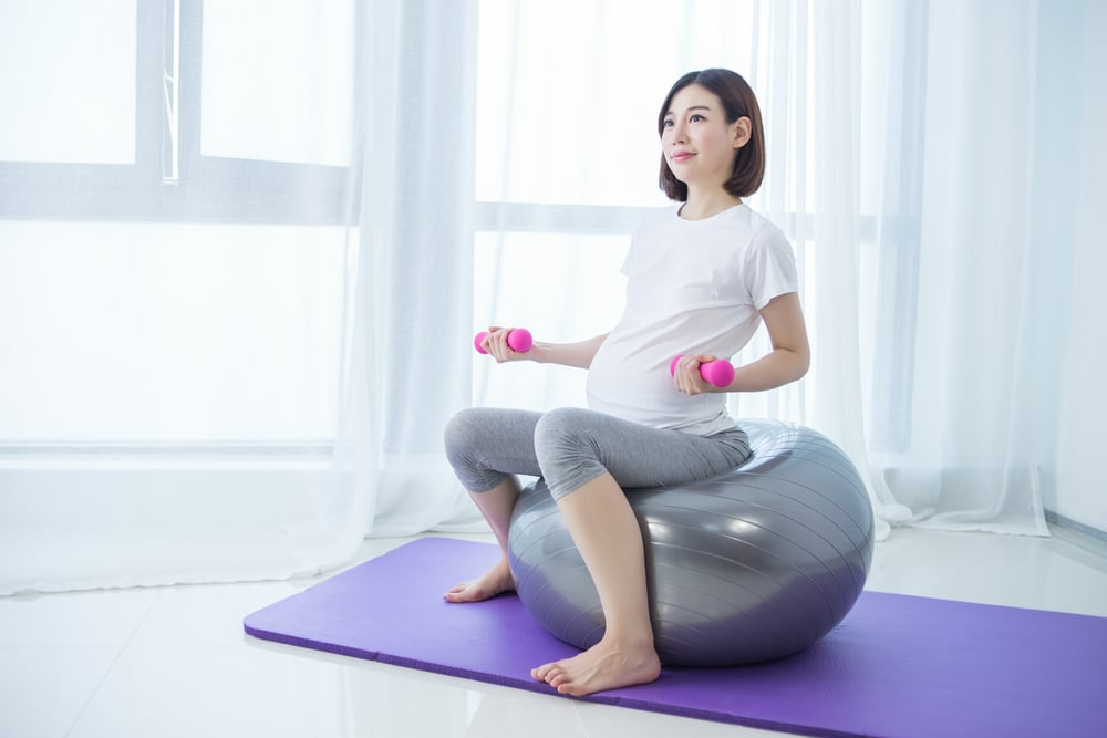 benefits of exercise ball during pregnancy